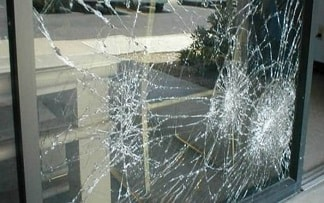 Reasons to Hire Window Glass Repair